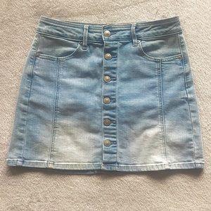 American Eagle Light Wash Denim A-line Skirt